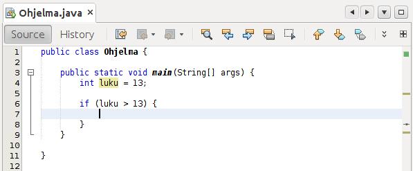 Kuva NetBeans-editorista, missä yksi ylimääräinen avonainen aaltosulku.