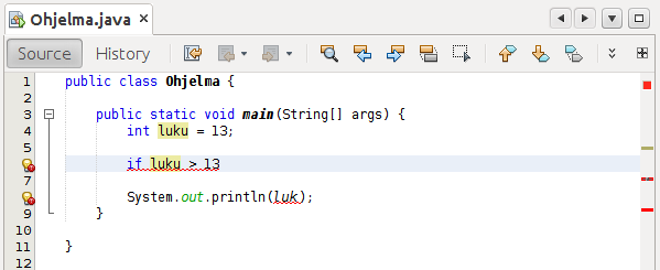 Kuva NetBeans-editorista, missä koodi on kääntymättömässä tilassa.